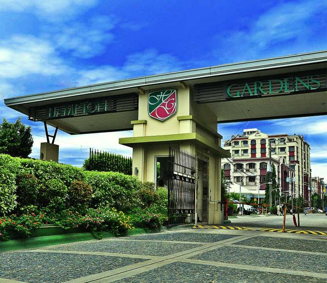 Hampton Gardens in Pasig by DHY Realty