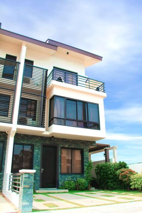 ... Taguig Mahogany Place Acacia Estates House and Lot Townhouse For Sale  Near BGC (12) ...